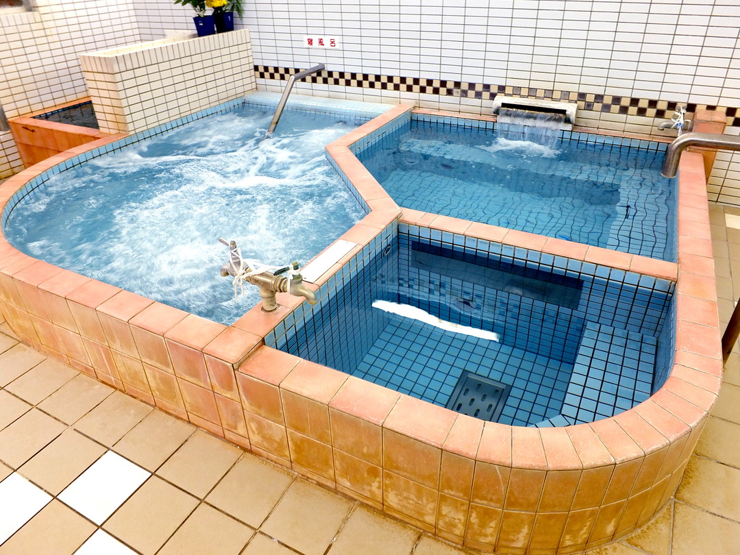 養老温泉の施設の様子