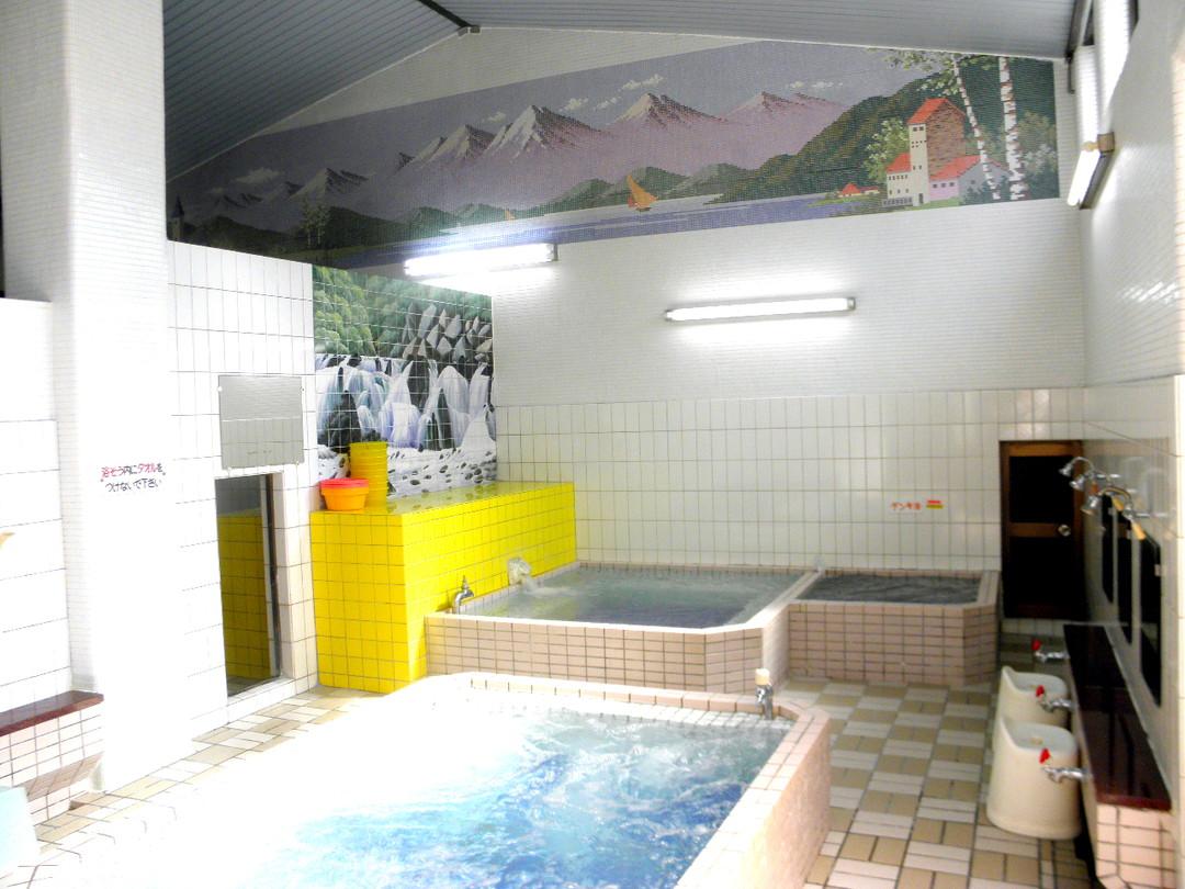 草津湯の施設の様子