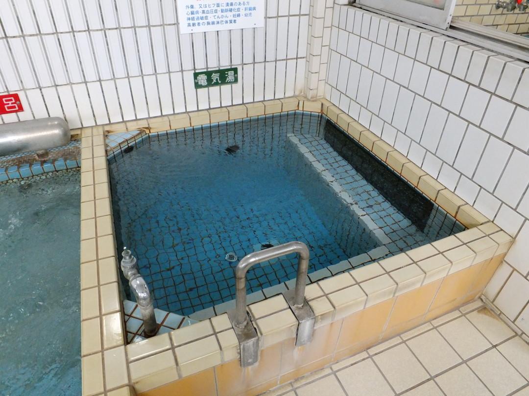 新川温泉の施設の様子