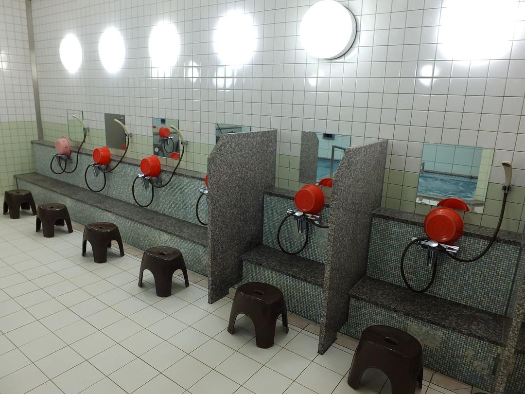 池須温泉の施設の様子