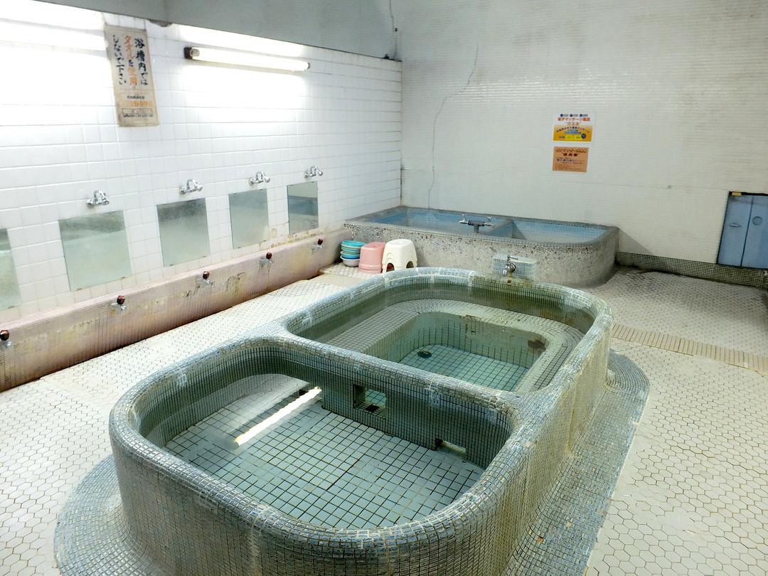 玉乃井湯の施設の様子